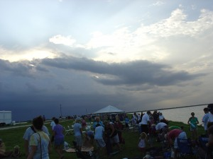Storm cloud that canceled the launch of STS 127.